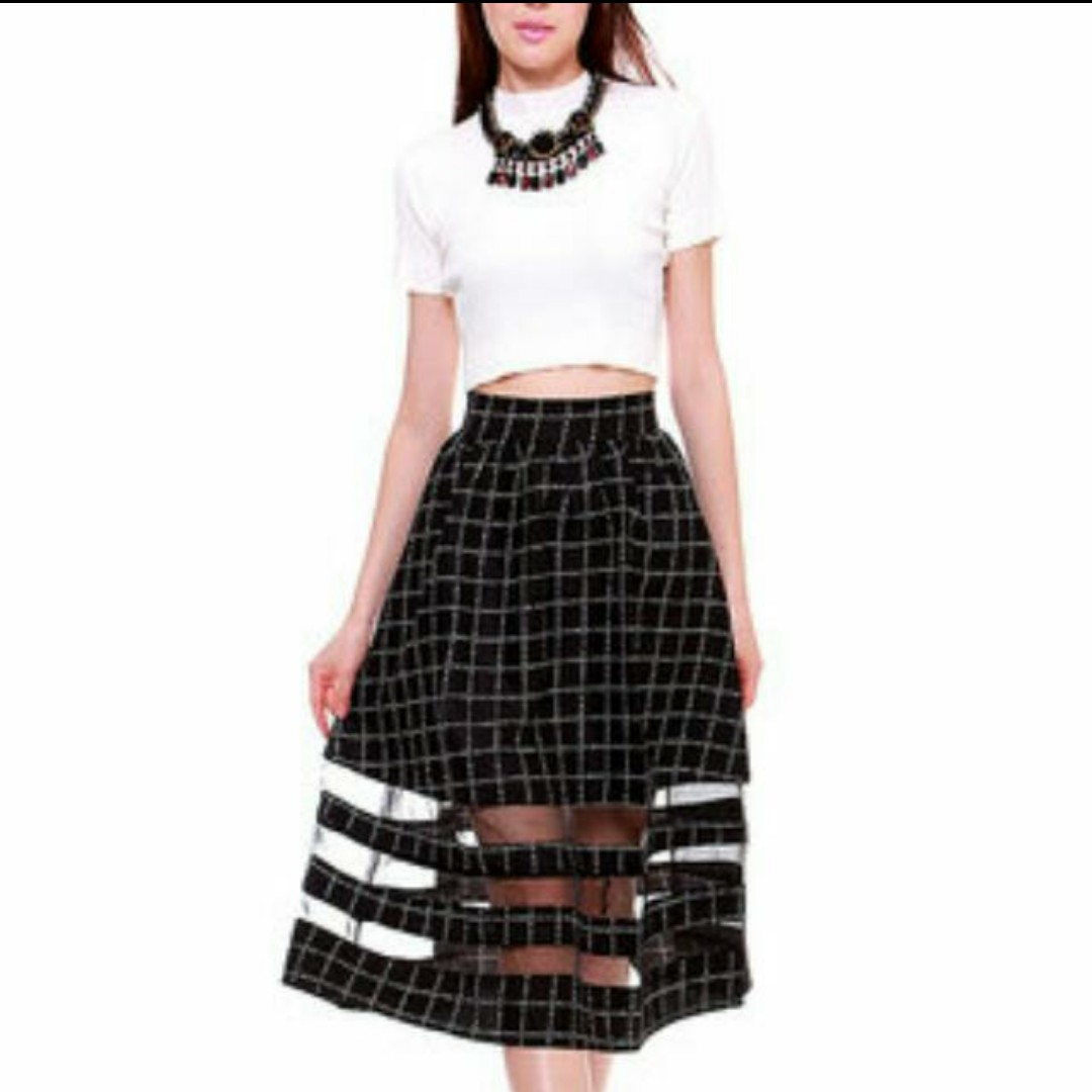 9e307bdee1 BNWOT MDS Rapunzel Pleated A-Line Midi Skirt in Checkered Grid Print ...