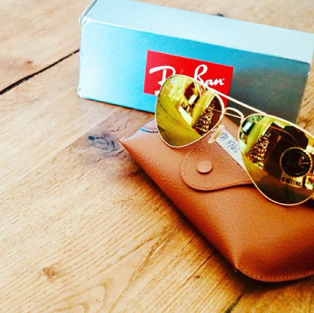 BRAND NEW! Rayban Aviator Flash Lens Shades