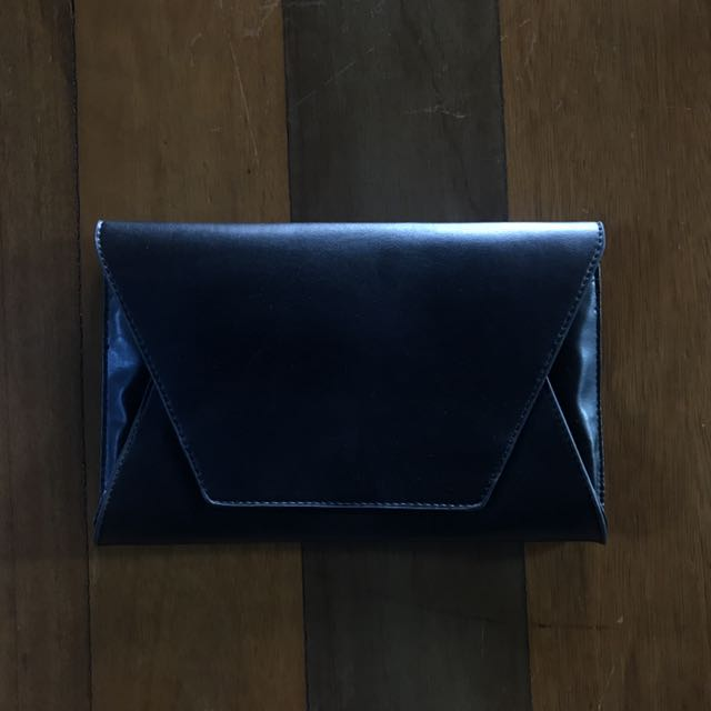 Calliope Black Clutch