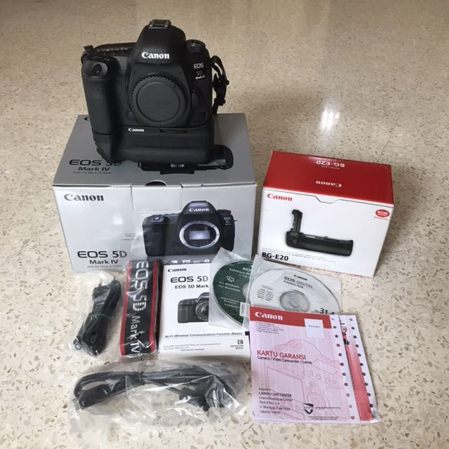 Canon EOS 5D Mark IV & Battery Grip BG-E20