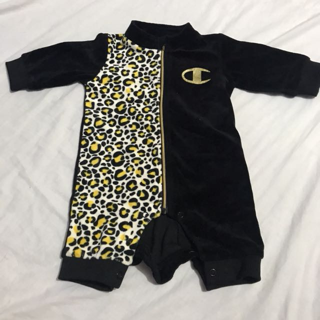 Champion bodysuit 3-9m