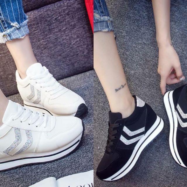 Charlene Sneakers A68