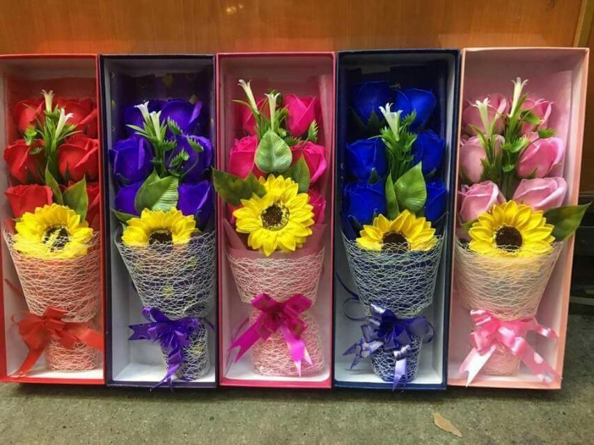 Classic Bouquet Soap Flower