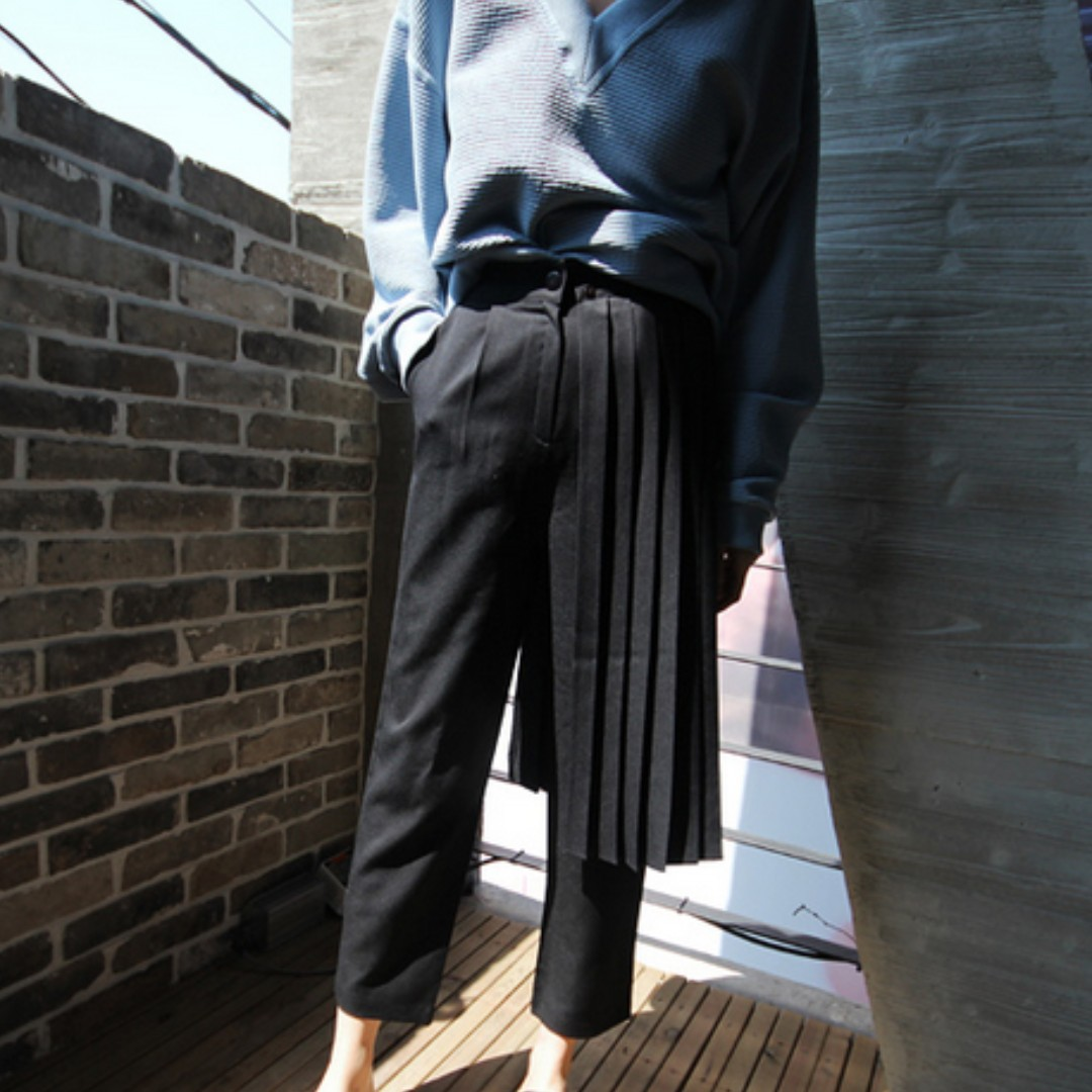 DESIGNER 風琴摺設計黑褲