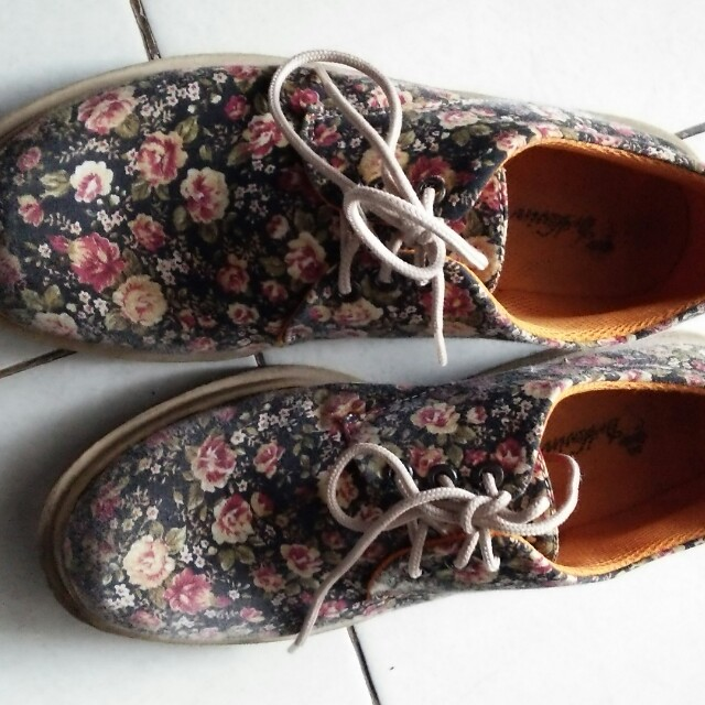 Dr Kevin Women sneakers ( floral )