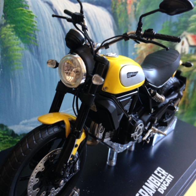 義大利杜卡迪Ducati 重機模型車 1:12鋅合金 限量