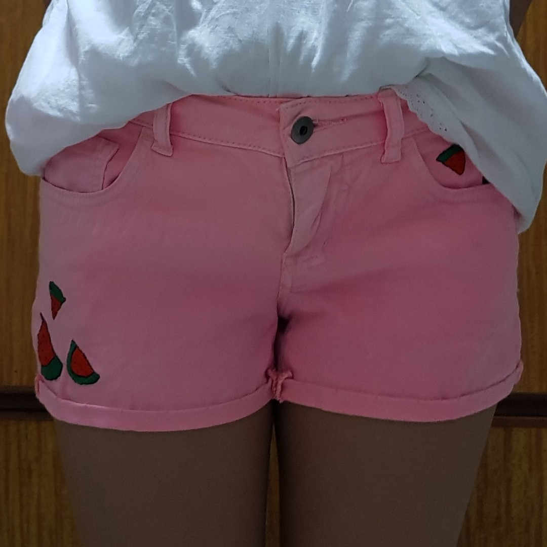 Forever 21 pink embroidered shorts