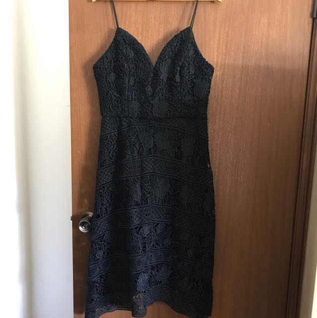 Forever New Black Sheike sweetheart Lace Hi Low Dress size 12 rrp 180