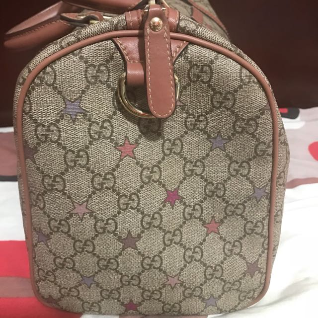 5b2645d811baf2 Gucci Joy GG SUPREME Stars Canvas Boston bag, Luxury, Bags & Wallets on  Carousell