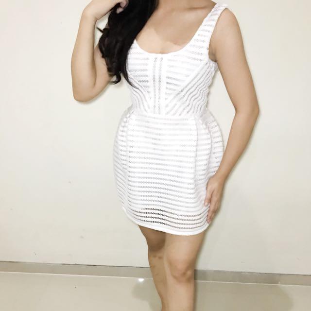 GUESS* white dress