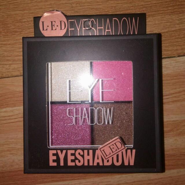 Handy Eyeshadow Quad 4 colors