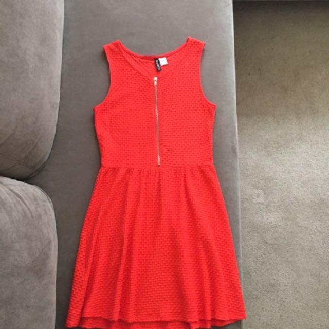 H&M dress Size 8-10