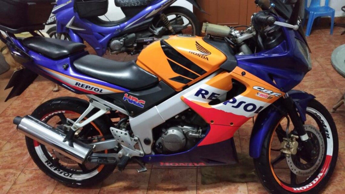 HONDA CBR 150 Repsol Motorbikes For Sale Class 2B On Carousell