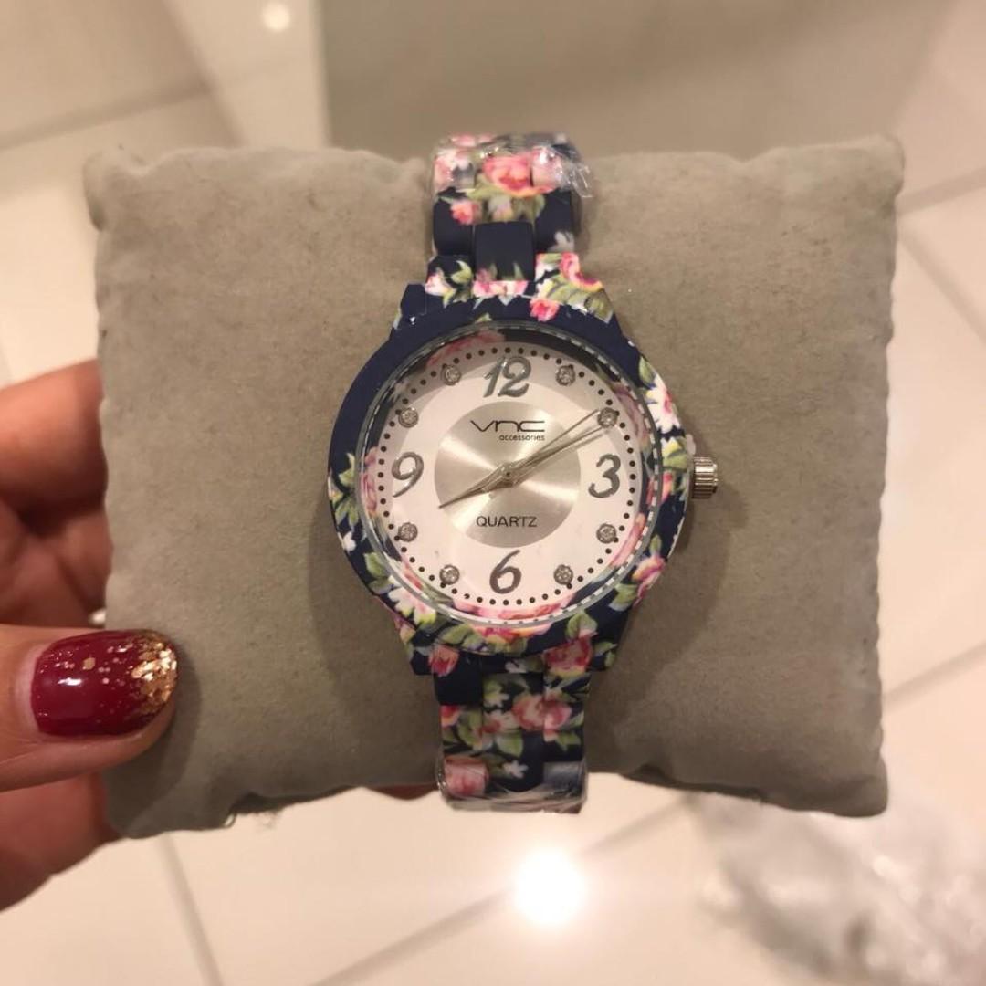 jam tangan wanita vincci