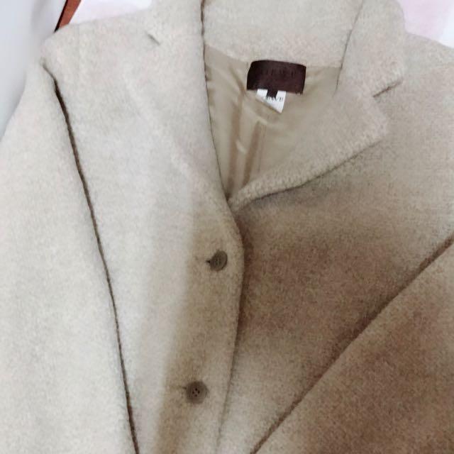 Loewe毛呢短大衣