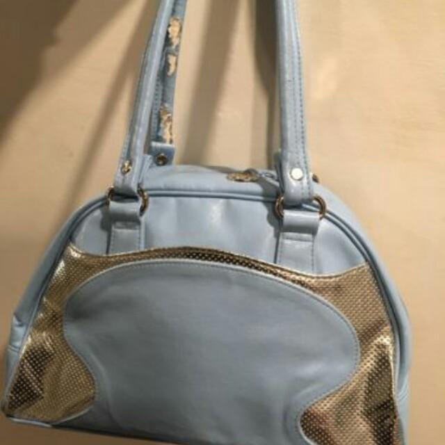 lulu lemon blue bag slightly worn at handle