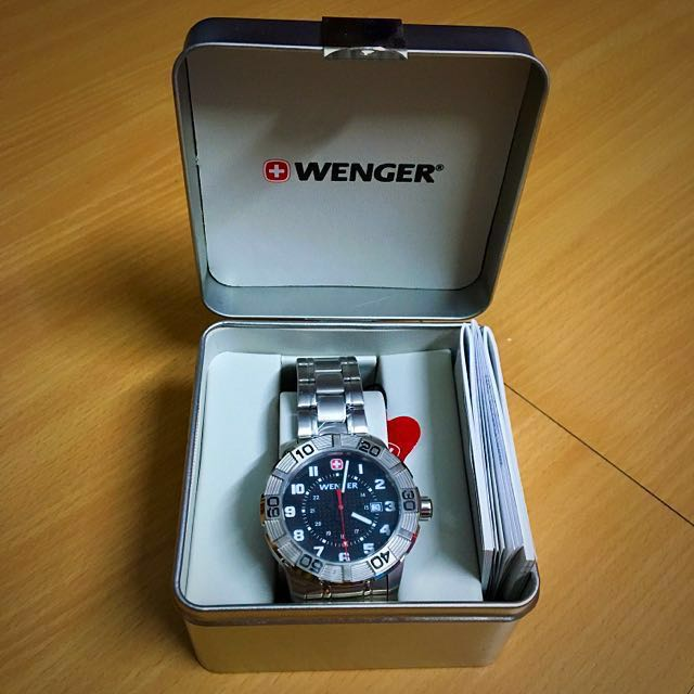 Luxury Wenger Swiss Men Watch Roadster