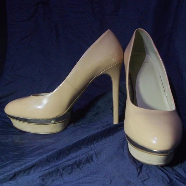 Mango High Heels in Creme
