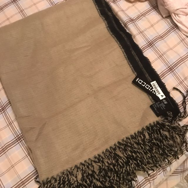 New H&M reversible scarf/Wrap
