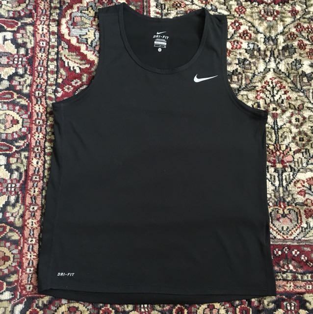 Nike Dri-Fit Size: Small
