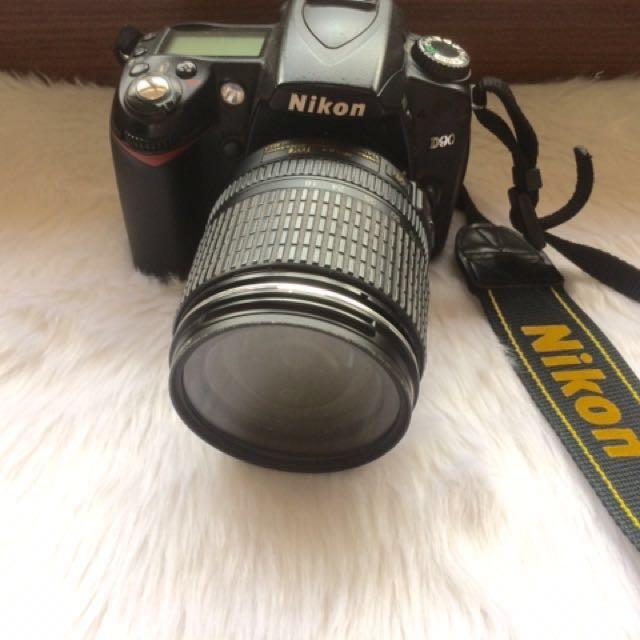 Nikon D90 (R U S H)