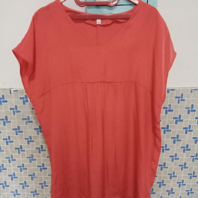 Uniqlo Orange Loose Top
