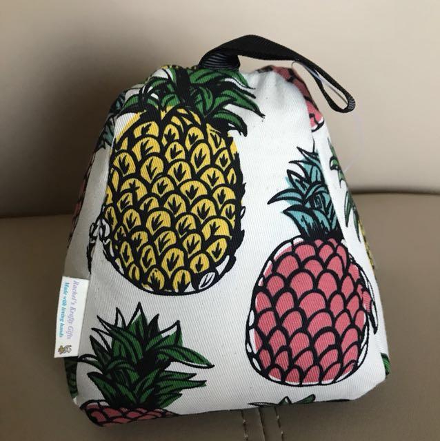 Pineapple sand bag door stopper