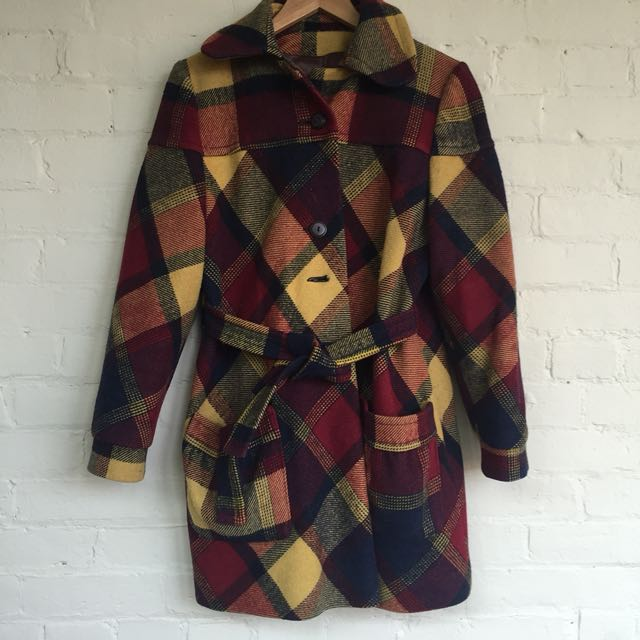 Plaid wool coat with waist tie