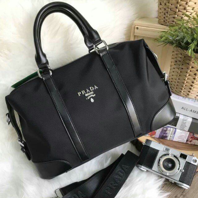 091e071c309e PRADA NYLON TRAVEL BAG GIFT WITH PURCHASE GWP Limited edition ...