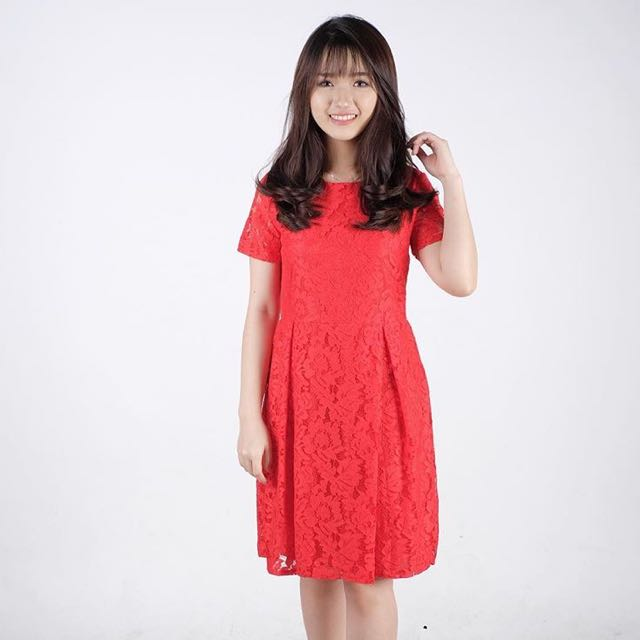 Premium brukat red dress