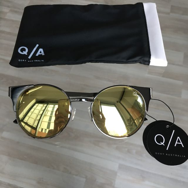 Quay Sunnies - Asha in Gun Metal