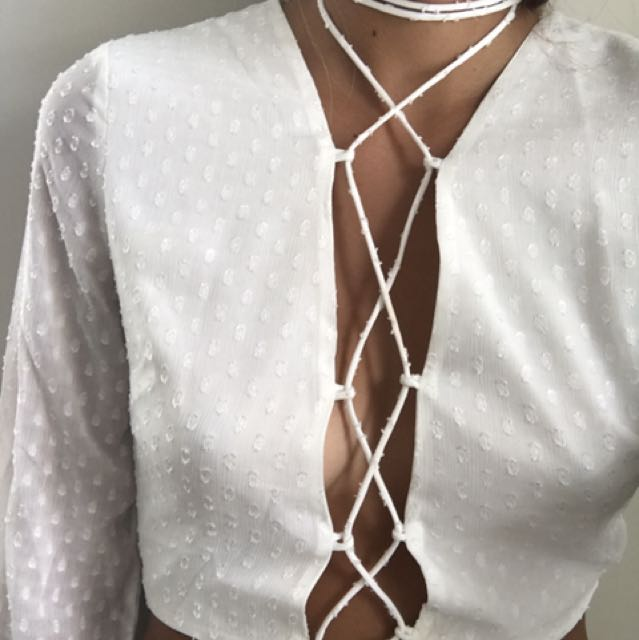 Sabo lace up top