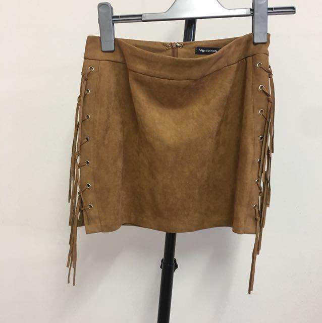 Size 10 tassel skirt tan