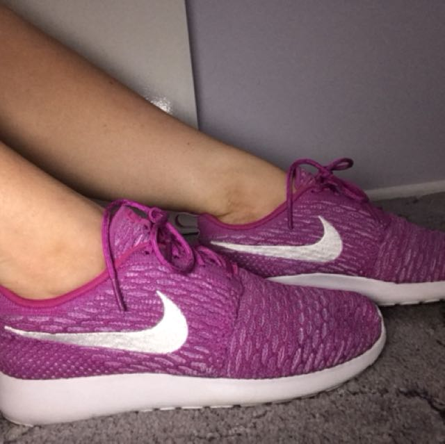 Size 9.5 Nike's
