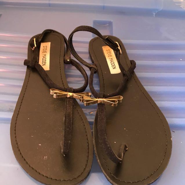 Steve Madden Black flat sandal size eu 40