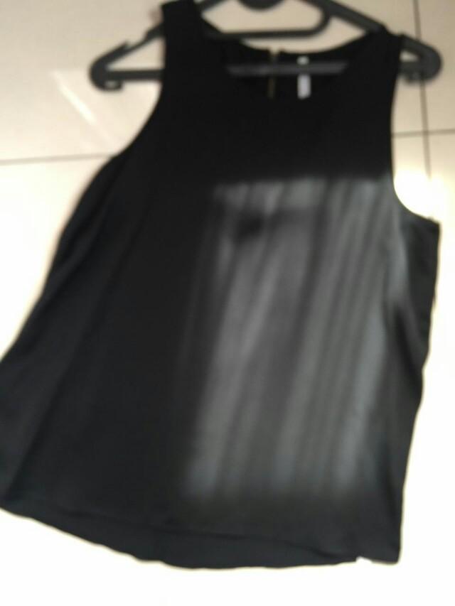 Stradivarius black blouse Size M