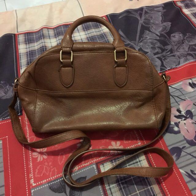 Stradivarius Bowling Bag (Bisa Nego)