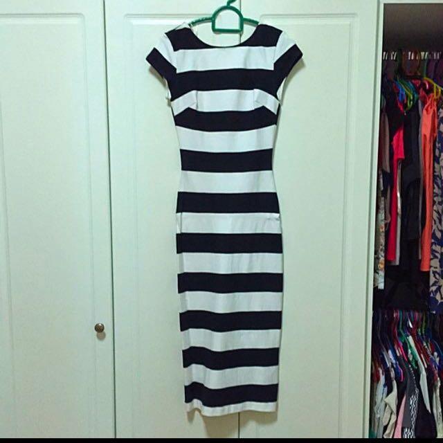 Stripped short sleeve midi dress