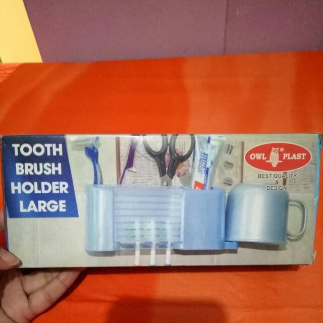 Tampat sikat gigi dan odol