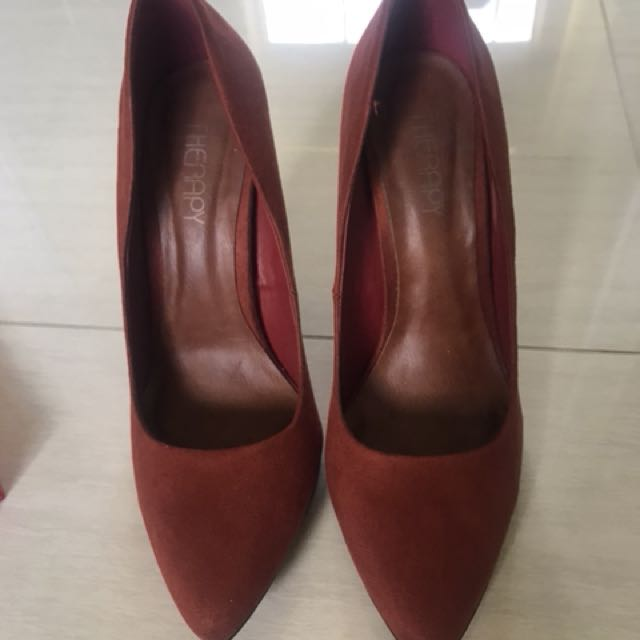 THERAPY HEELS SIZE 8