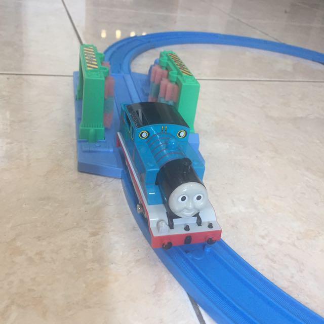 Thomas set plarail
