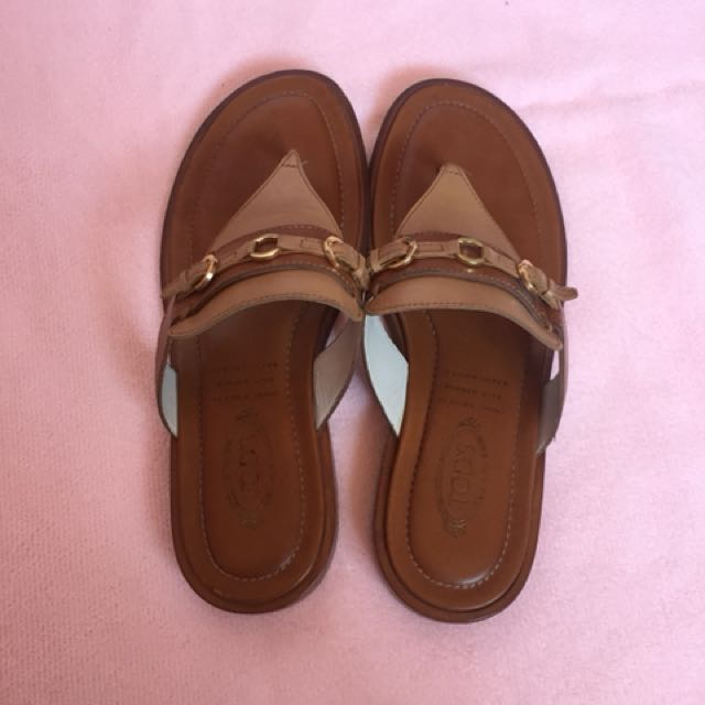 Tods leather slipper