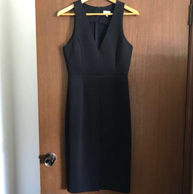 Tokito Black Classic V Neck Dress size 10