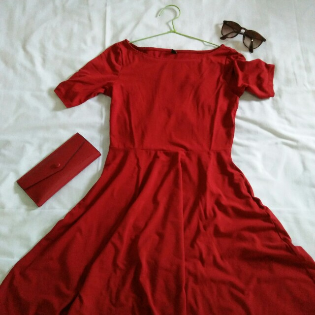 UNIQLO red skater dress