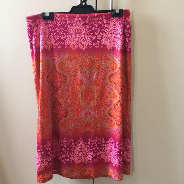 Vintage Patterned Maxi Skirt