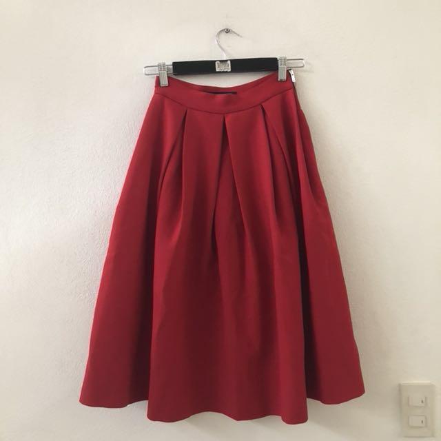Zara red 3/4 skirt