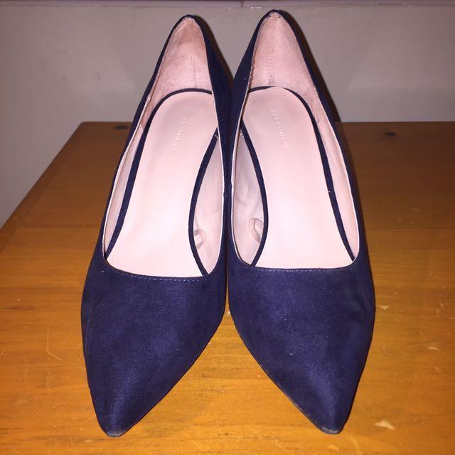 ZARA Trafuc Navy Heels
