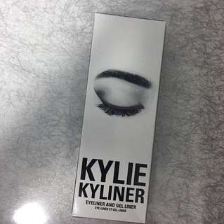 Authentic Kylie Cosmetics Kyliner in Chameleon