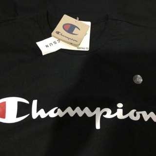 Champion big logo tee LARGE