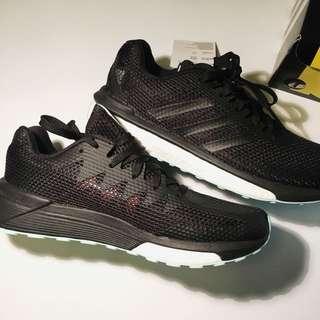 100% Authentic Adidas Vengeful Woman's size 6.5 BNIB